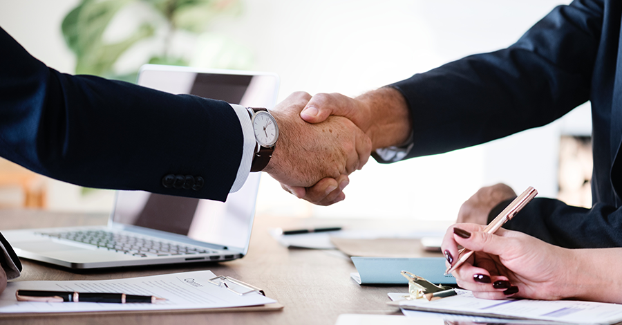 Podnikanie popri zamestnaní: Aké sú vaše povinnosti